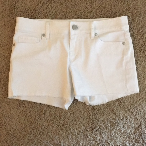LOFT Pants - LOFT Cut Off White Jean Shorts